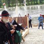 Marek Strzelichowski w tradycyjnym stroju w trakcie festiwalu Loary w Orleanie