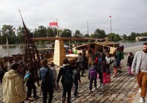 Tłumy gości na Polskim stoisku na festiwalu Loary w Orleanie