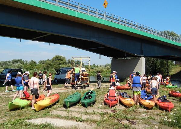 Cykl imprez organizowanych na terenie przystani wodnej w Suchodole (601 km Wisły)